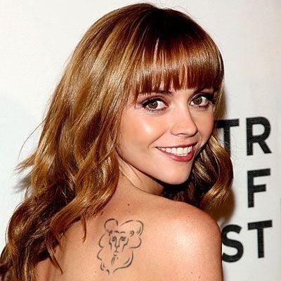 Christina ricci, τατουάζ λιοντάρι, αναφορά