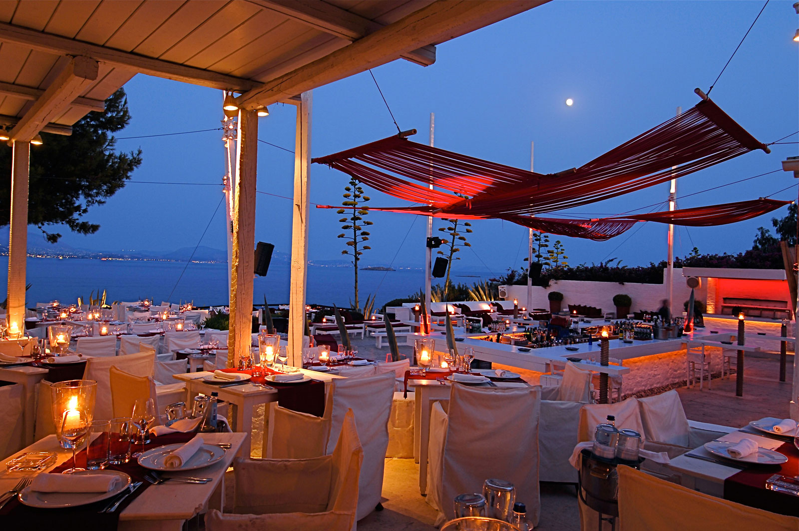 Forget Paris Here Are Athens 5 Most Romantic Restaurants