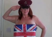 Στηρίξτε τον Πρίγκηπα Χάρι με ένα γυμνό χαιρετισμό!