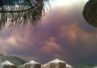 Χίος | Η πυρκαγιά εξαπλώνεται τρομακτικά