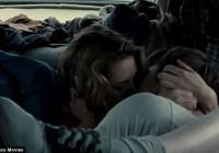 ΣΚΑΝΔΑΛΟ | Kristen Stewart | Γύρισε τρίο!