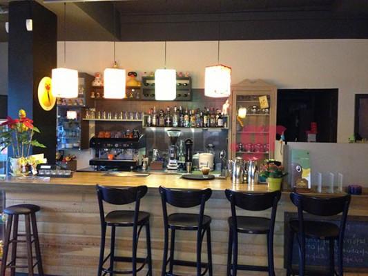Chocolate Duck cafe | Το παπιο-café στη Νέα Ερυθραία