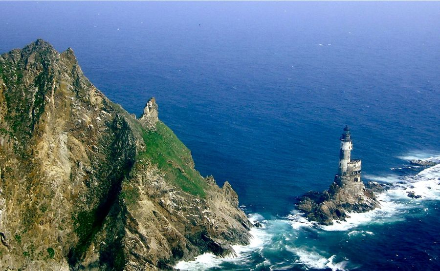 Aniva-Rock-Lighthouse-Sakhalinskaya-Oblast-Russia