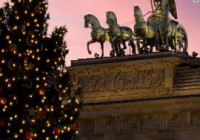 Brandenburg Gate tree (Berlin)