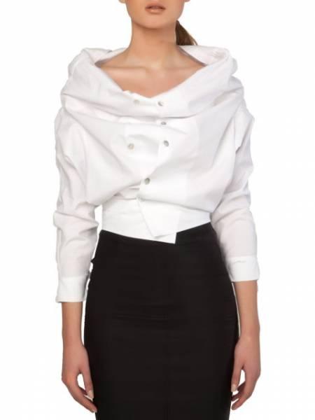 πουκάμισο φορεμένο με δυο τρόπους