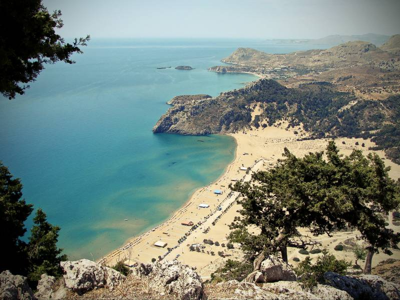 diaforetiko.gr : Tsambika Bay Rhodes Οι πιο όμορφες ελληνικές παραλίες! ..Ένα φωτογραφικό αφιέρωμα που ξεχειλίζει ομορφιά !!!