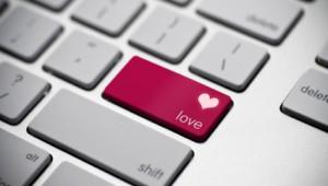 online-dating-love-keyboard