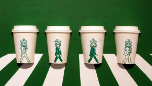 Η γοργόνα των Starbucks σε... νέες περιπέτειες