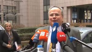 Ο νέος Υπουργός εξωτερικών μιλά χειρότερα αγγλικά από τον Τσίπρα;