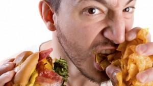 Eating-junk-food1