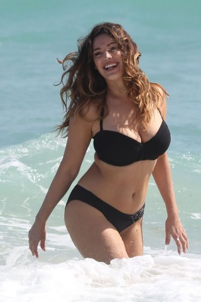 Manners-Kelly-Brook-12