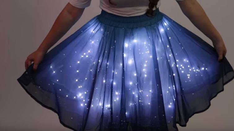 Μένω Σπίτι Η πιο πρωτότυπη φούστα που έχουμε δει ποτέ είναι αυτή! (βίντεο) accdffdad82
