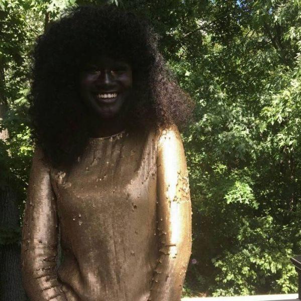 Σκούρο μαύρο έφηβοι