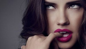 adriana-lima-pink-lips-uhd-wallpapers-1280x720