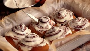 cinnamon-roll-dessert-food-yum-yummy-Favim.com-138861