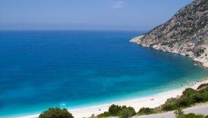 Ελληνικές ακτές: Στις πρώτες θέσεις παγκοσμίως σύμφωνα με νέα έρευνα!