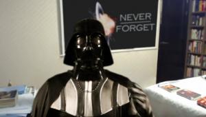 Ta droids διακόπτουν την συνέντευξη του Darth Vader! (βίντεο)