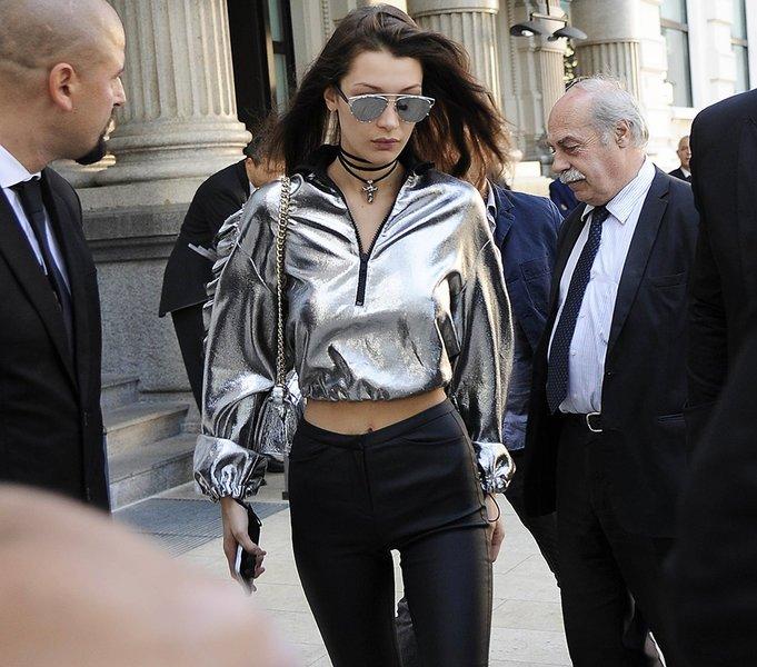 81edd34750f2 Πήρες δερμάτινο παντελόνι  Δες πώς μπορείς να το φορέσεις όλες τις ώρες της  ημέρας!