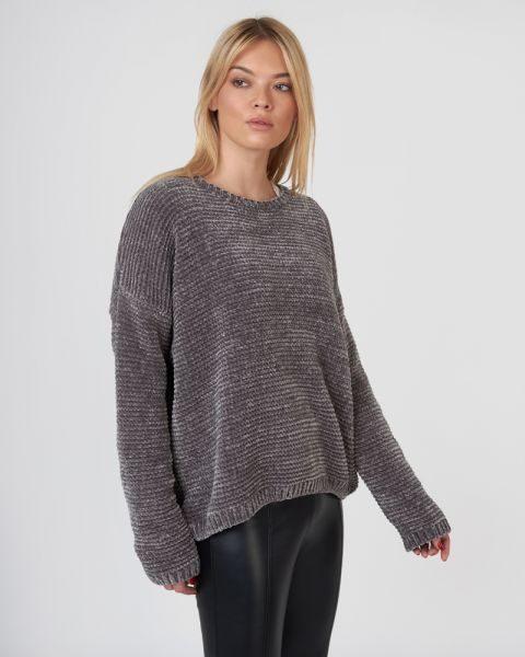 b68df3bbc350 10 cozy πουλόβερ για χαλαρές βόλτες με την κολλητή σου! (Online ...