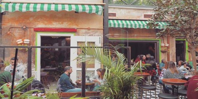 Στέκια στην Αθήνα  5 μαγαζιά που θα λατρέψεις στα Πετράλωνα ... f04afdbd360